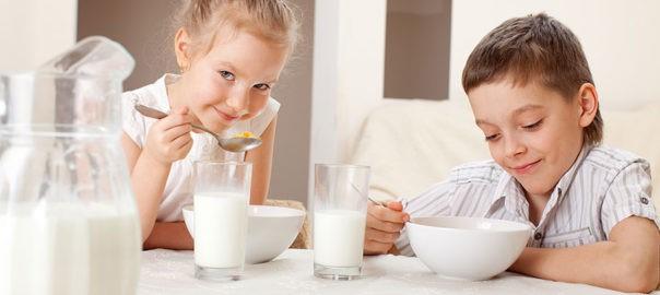 lait vache chèvre enfants jeune âge