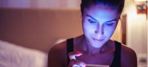 Effets de la lumière bleue sur le sommeil et comment limiter l'exposition